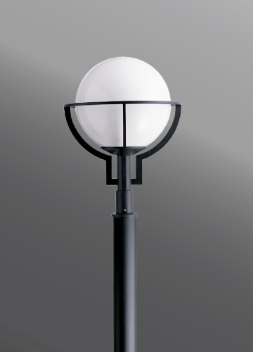 Click to view Ligman Lighting's  City post top (model UCT-204XX).